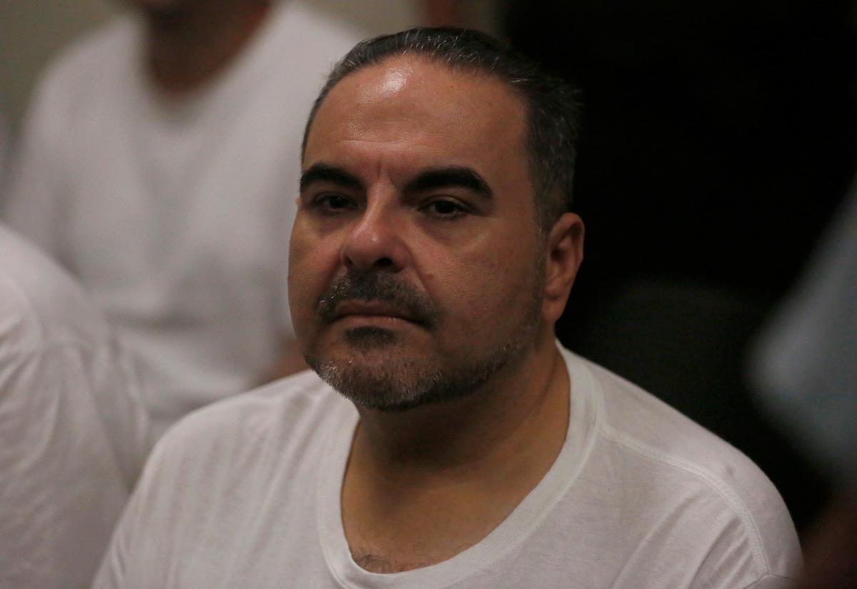 Voormalige president van Salvador, Saca, kry twee jaar tronkstraf vir omkoping
