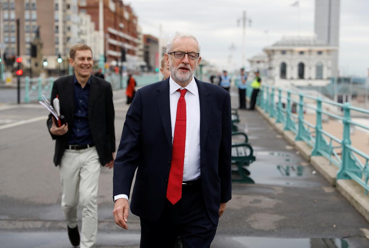 Ek sal deur my Labour Party op Brexit gelei word, sê Corbyn, leier van die UK