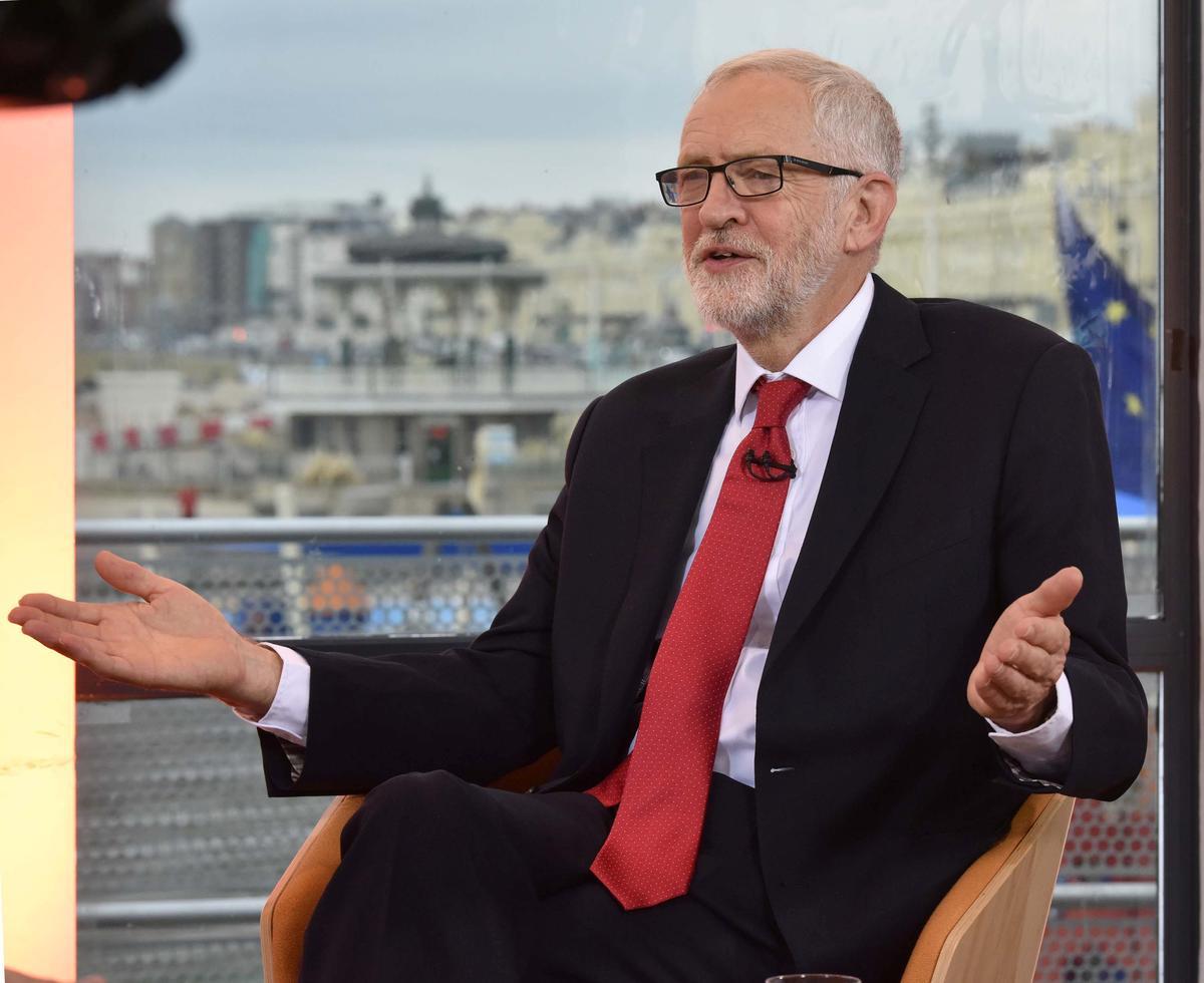 Die party sal oor ons Brexit-posisie besluit, sê Corbyn, UK Labour