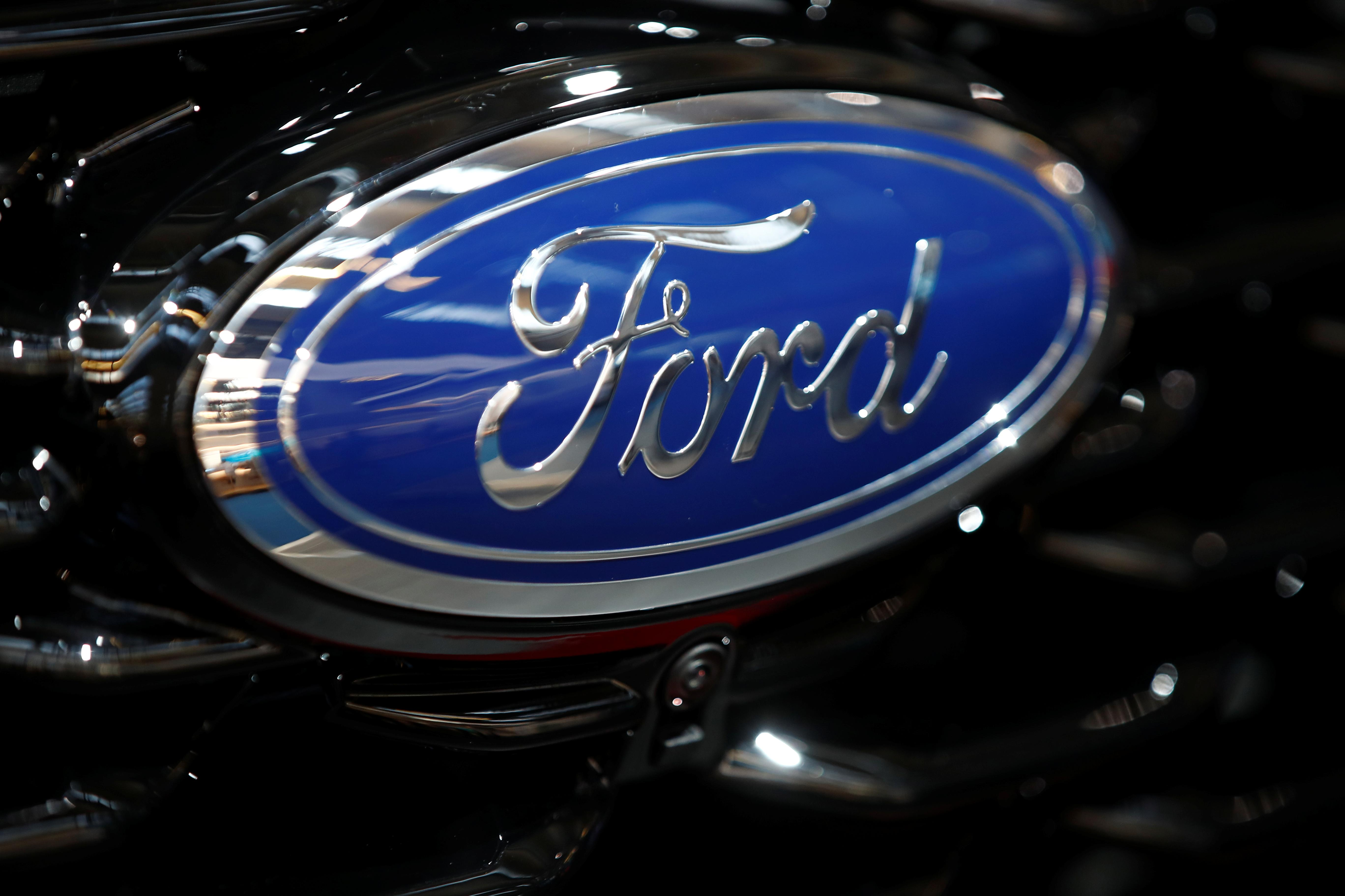 Ford recalls 322,000 cars over battery fire risk: kfz-Betrieb
