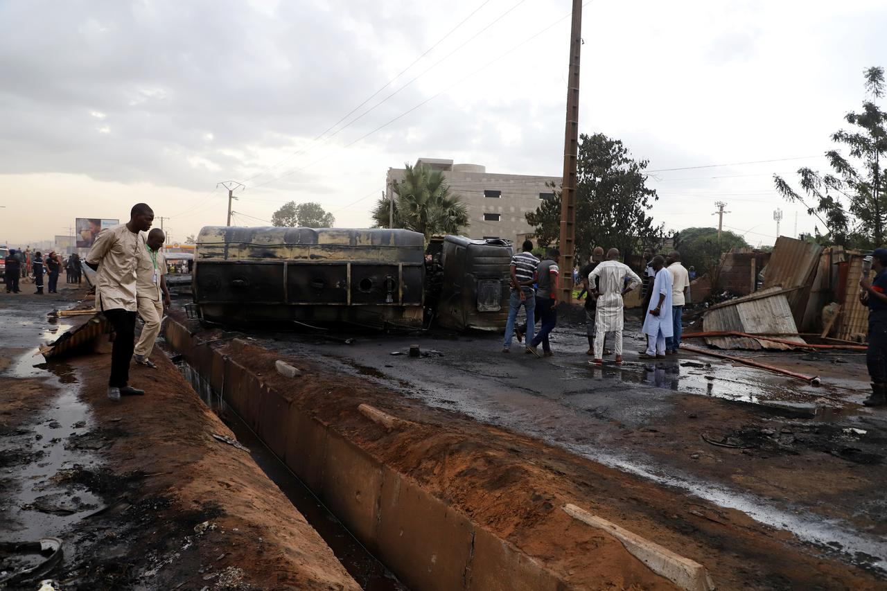 Kết quả hình ảnh cho Tanker truck explosion in Mali capital kills six, wounds 46