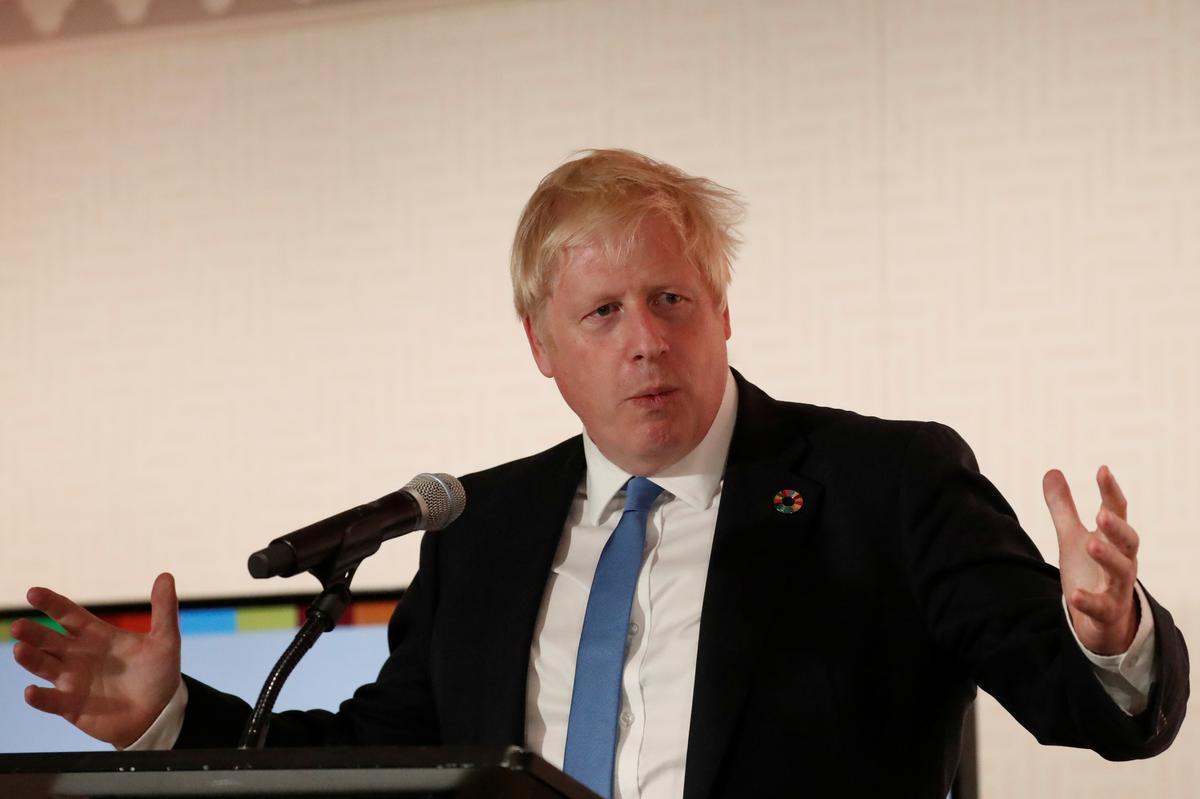 Brittanje se Johnson dring in gesprekke met Iran se Rouhani aan op vrylating van dubbele burgers wat in die tronk is
