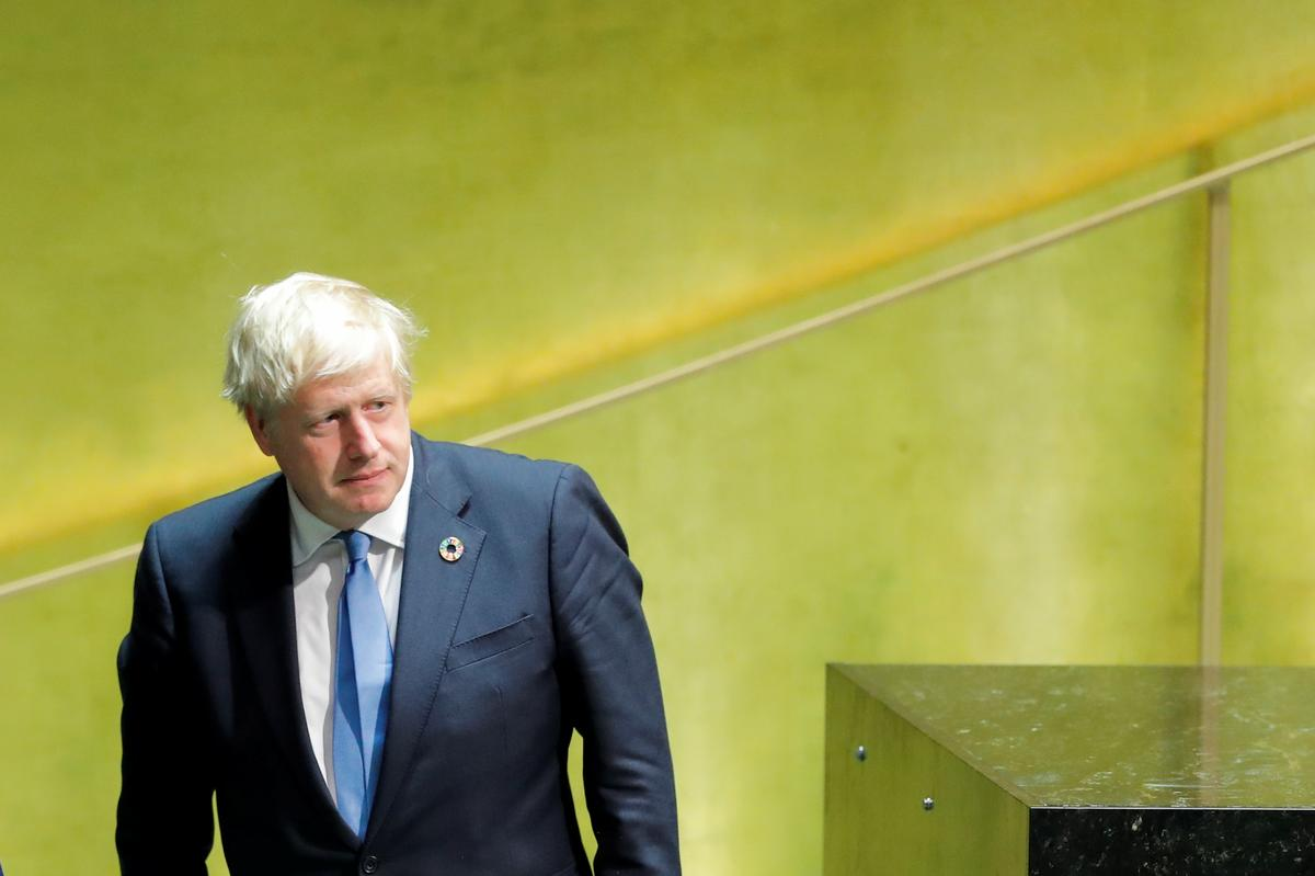 By die VN grap Johnson dat sommige Britse politici eindelose Brexit wil hê
