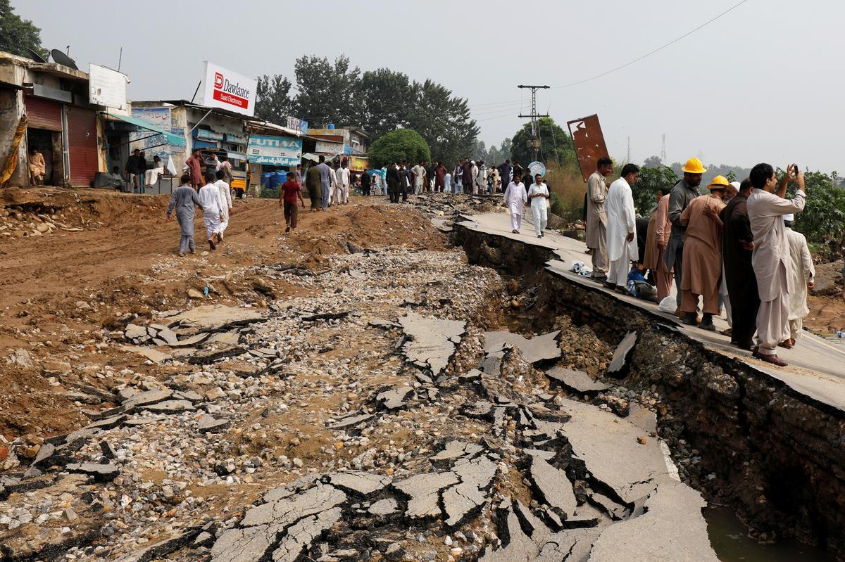 Die dodetal van die aardbewing in Pakistan styg tot 37 - plaaslike amptenaar