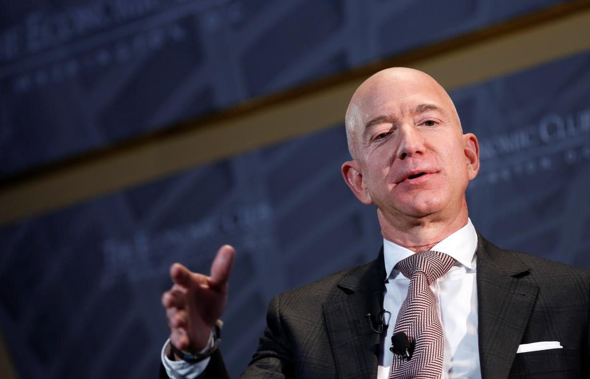 Die uitvoerende hoof van Amazon, sê die maatskappy werk aan regulasies vir gesigsherkenning