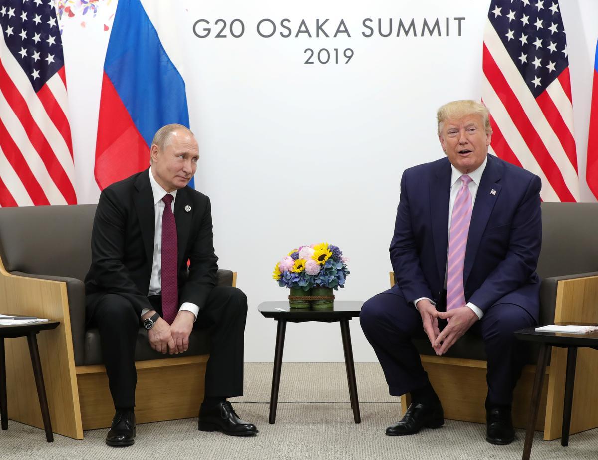 Kremlin sê dit hoop die VSA sal nie besonderhede oor Poetin-Trump-oproepe bekend maak nie
