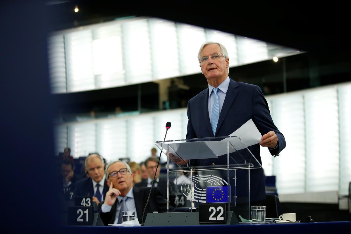 EU verenig in die soeke na wettig-operatiewe Brexit-alternatief vir die agtergrond: Barnier