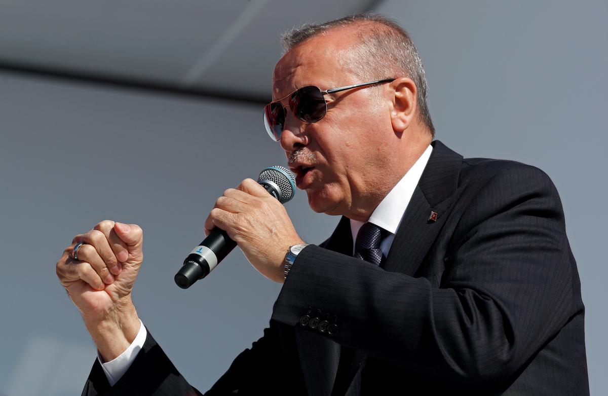 Erdogan se AK-party-lidmaatskap word verder laat gly namate die verdeeldheid toeneem