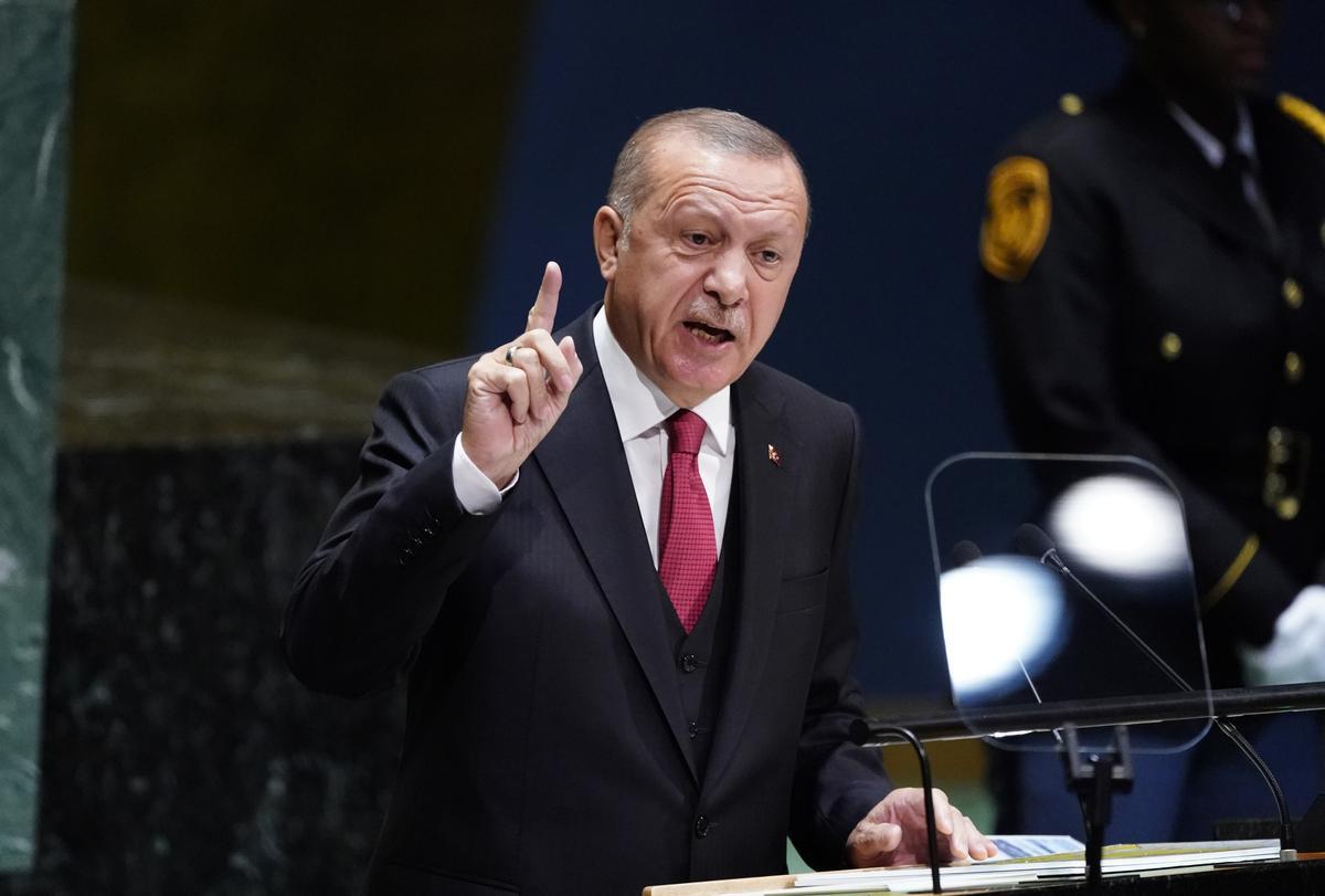 Turkye se Erdogan sê sommige van die moordenaars van Khashoggi geniet 'straffeloos'