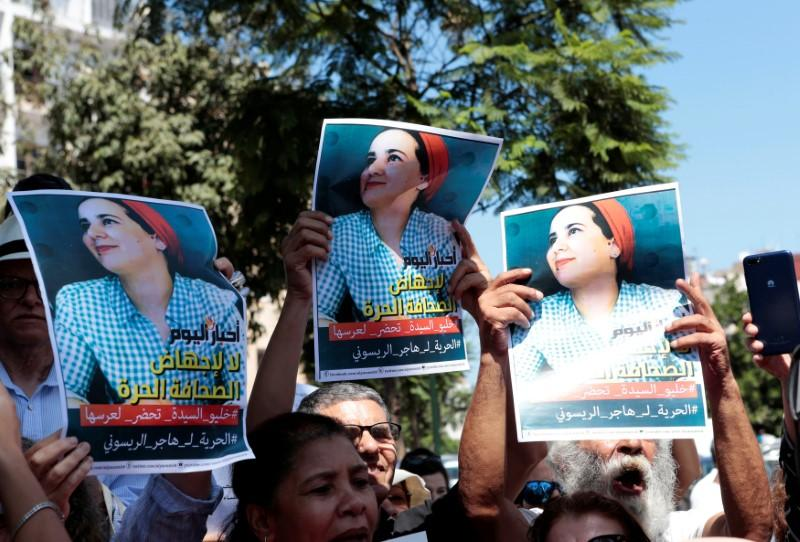 Die Marokkaanse joernalis het 'n joernalis tronk toe gestuur op aanklag van aborsie wat sy ontken