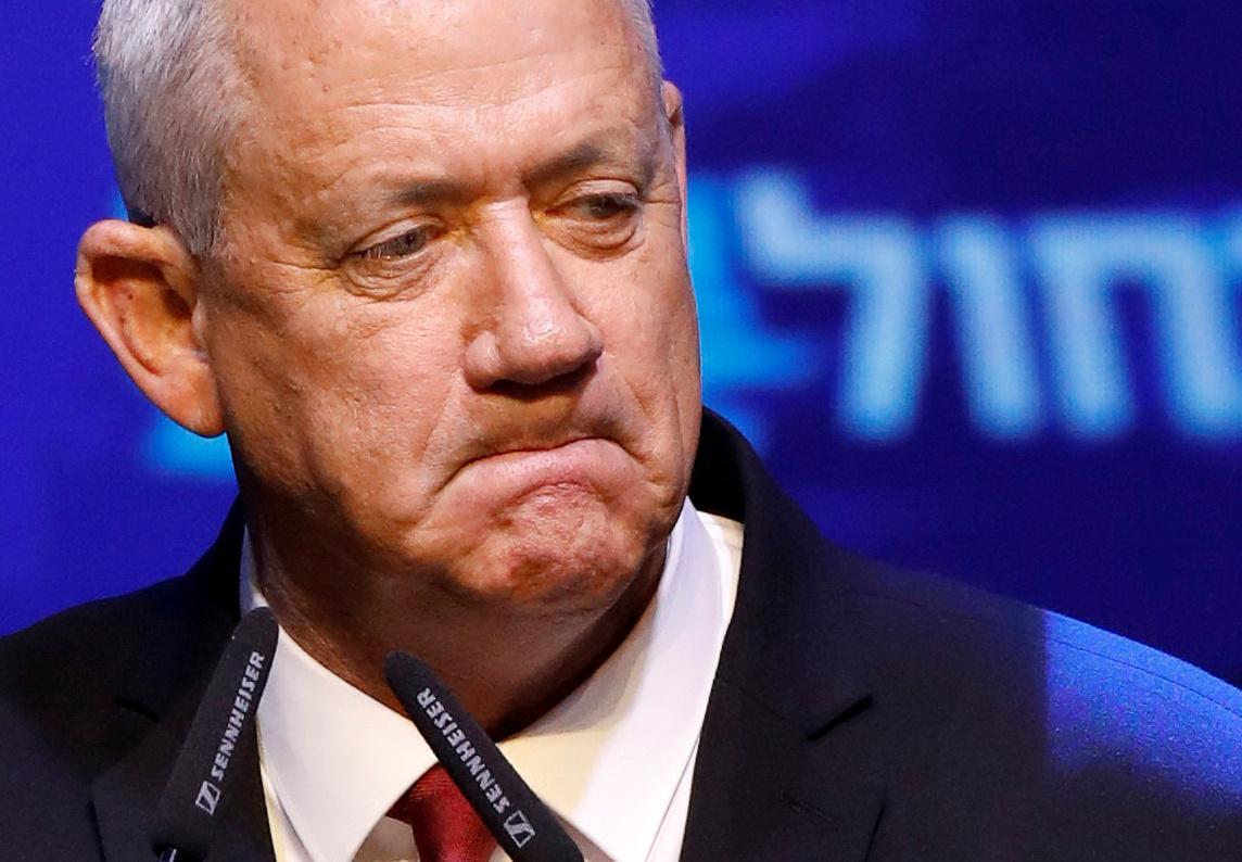 Israelse eenheidsregerings gesprekke wankel ná die mededinger van Netanyahu die vergadering verwerp