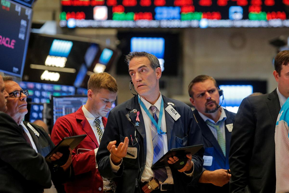 Wall Street hits fresh one-month low at open on growth worries