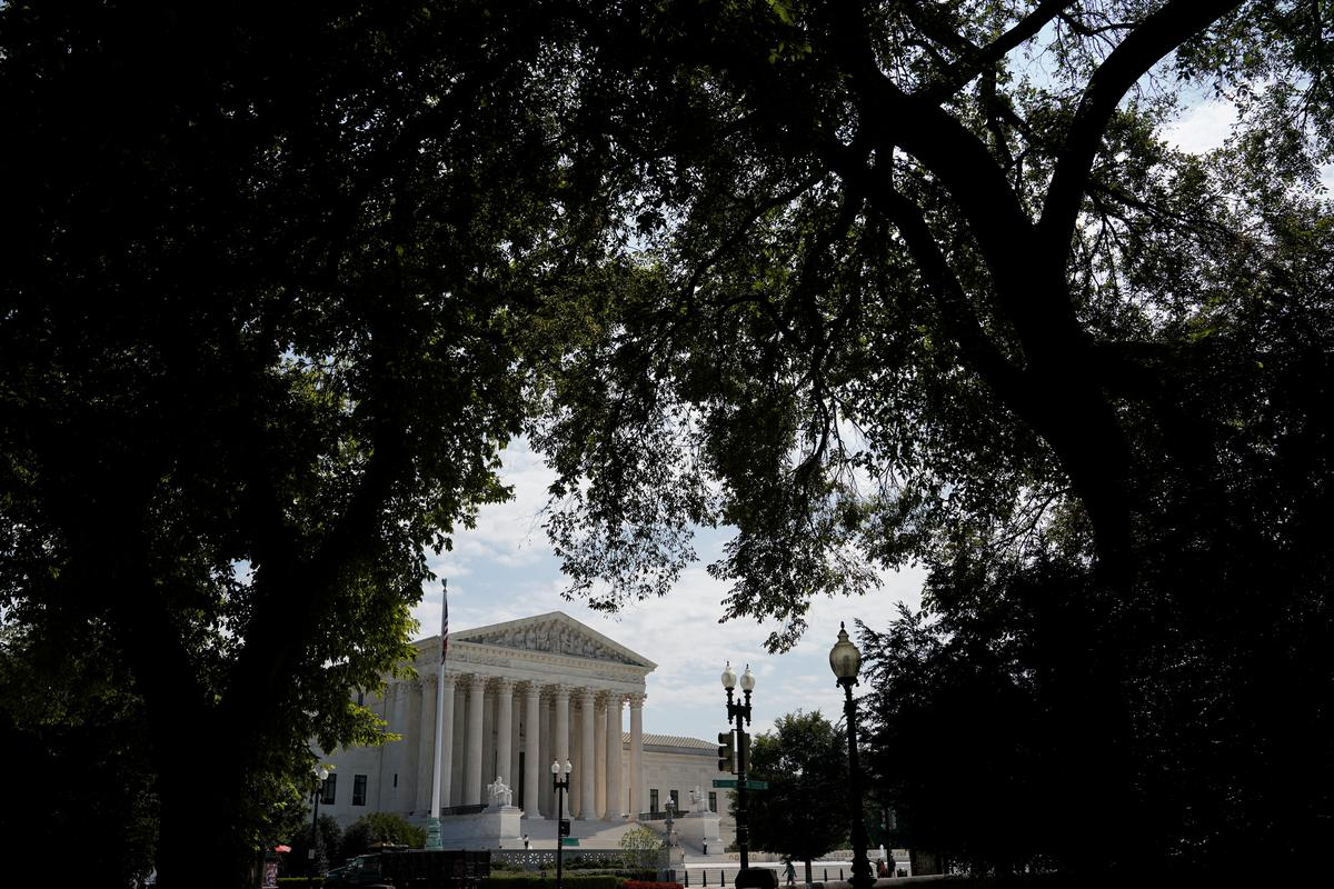 U.S. Supreme Court to tackle gay rights, guns, abortion and Trump