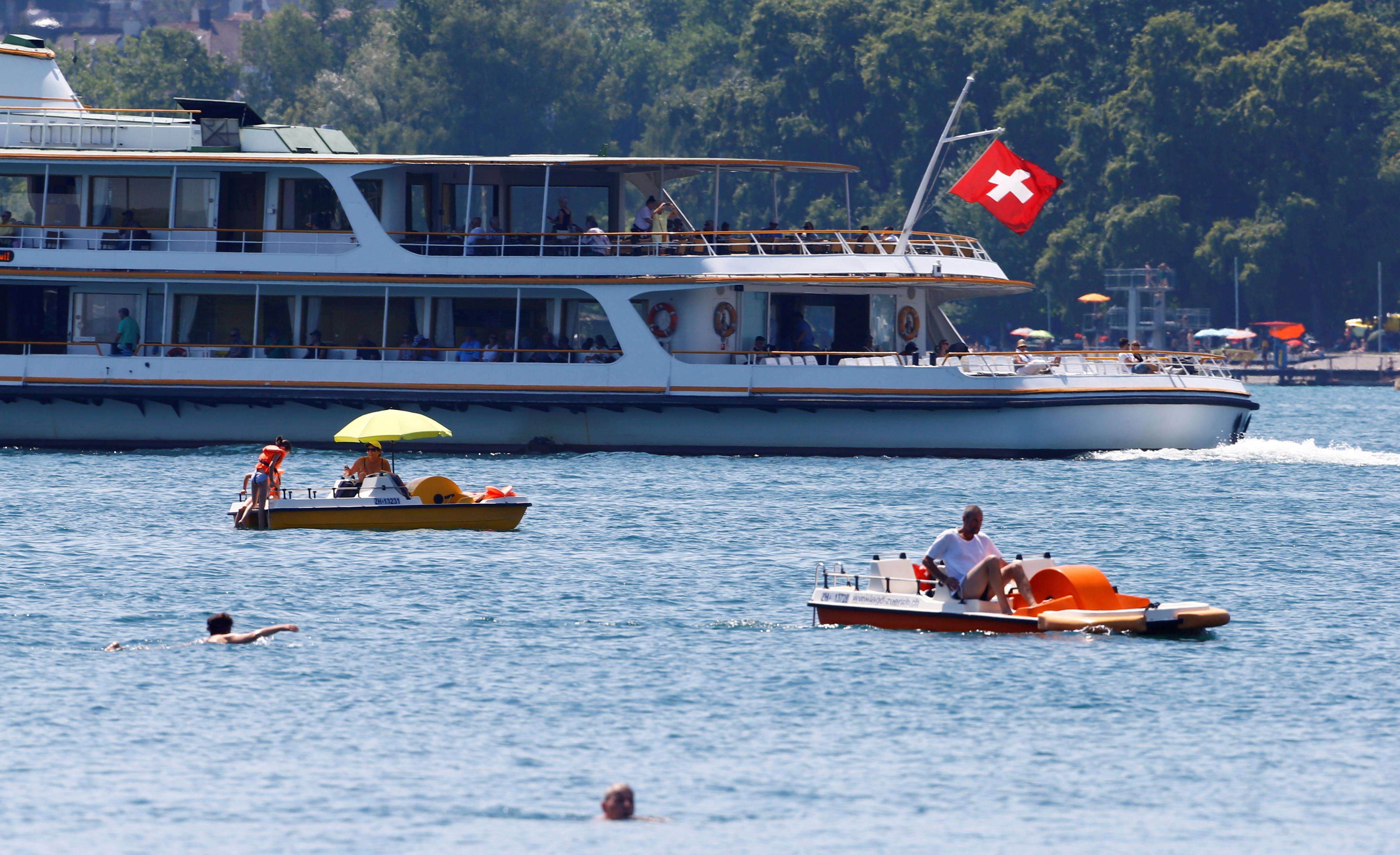 Swiss banks benefit as rich Britons line up escape route from Brexit chaos