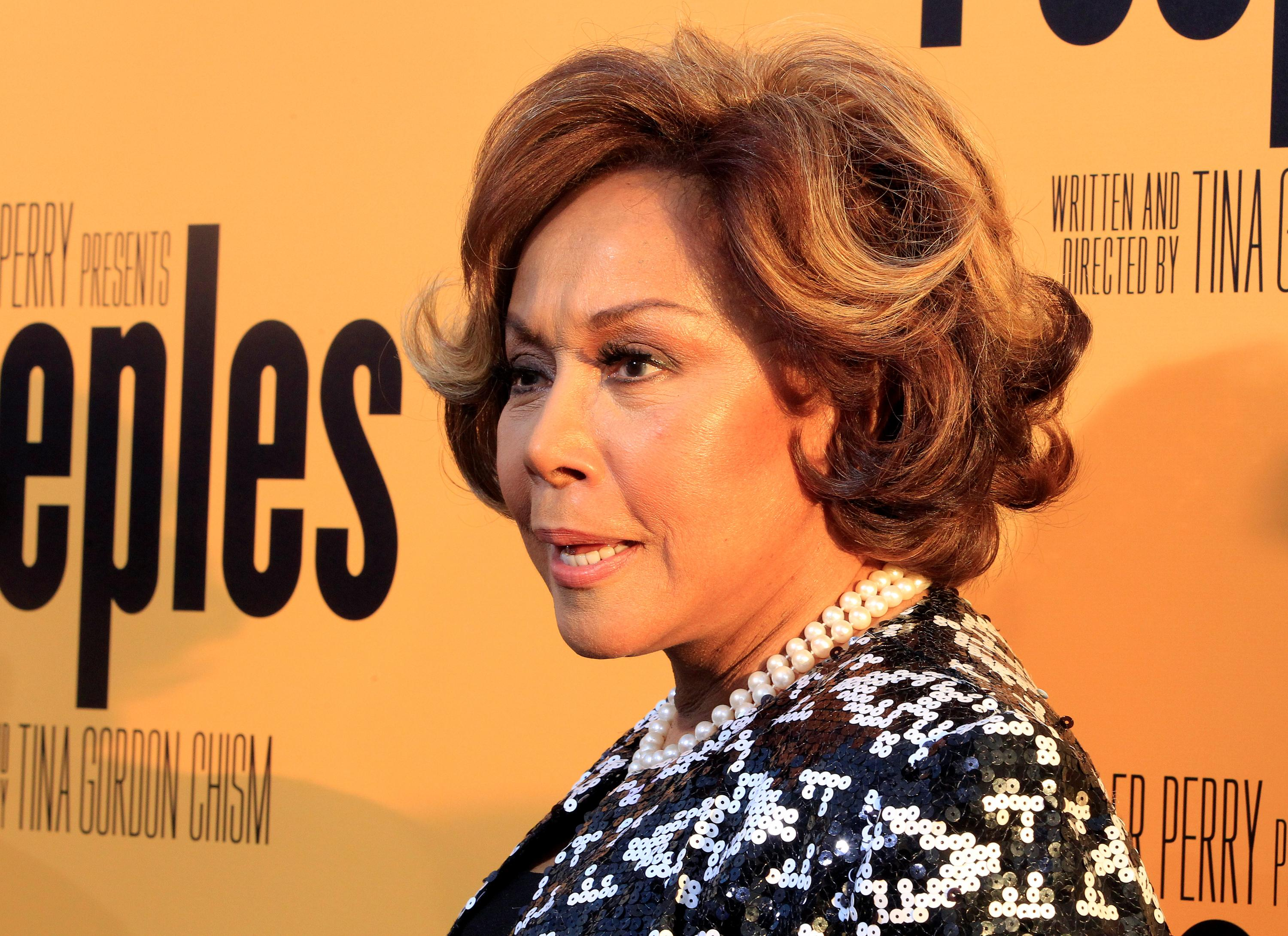 Diahann Carroll, TV trailblazer for black women, dead at 84
