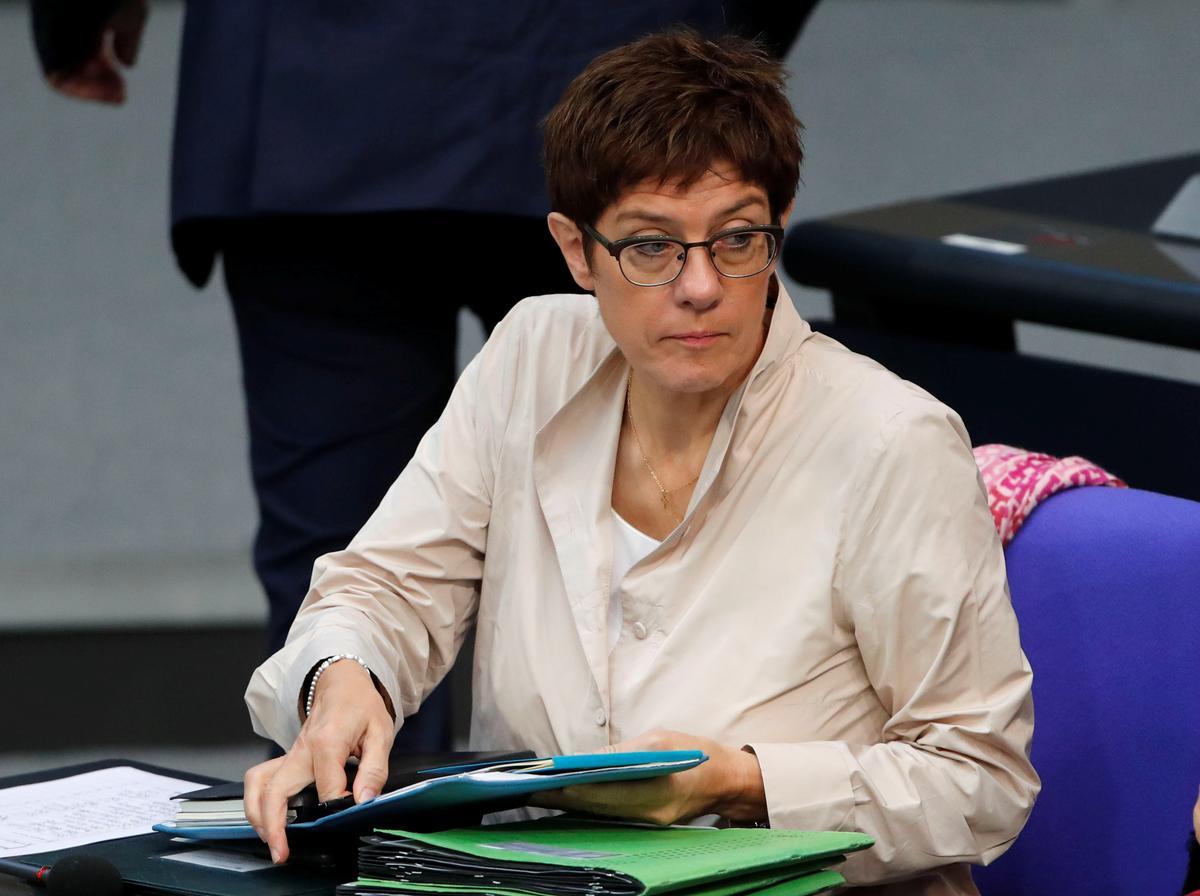 Duitsland se CDU-leier het nie ondersteuning om kanselier te word nie: meningspeiling