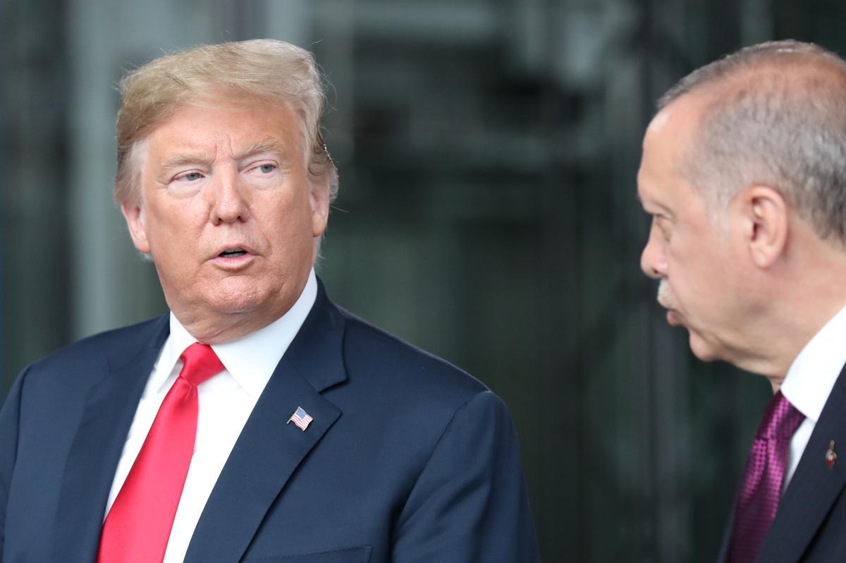 Erdogan, Trump bespreek Sirië se 'veilige sone' in 'n telefoonoproep; volgende maand te ontmoet: Ankara