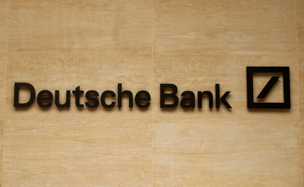 Deutsche Bank in strategieverskuiwing om tegnologiese probleme aan te spreek