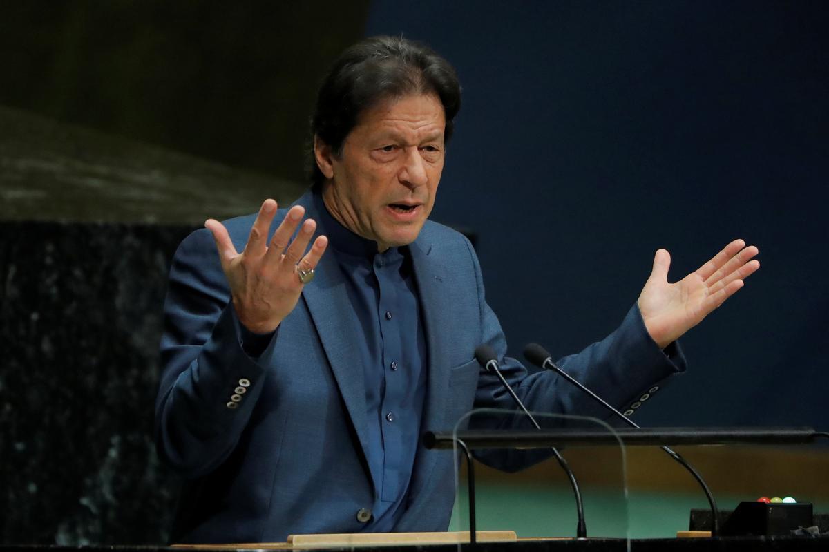 Die Pakistanse premier Khan het China se Xi ontmoet om Kashmir, CPEC, te bespreek