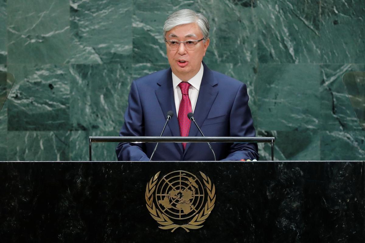 Kazakse president beveel ondersoek in na Chinaverwante vervoerprojek