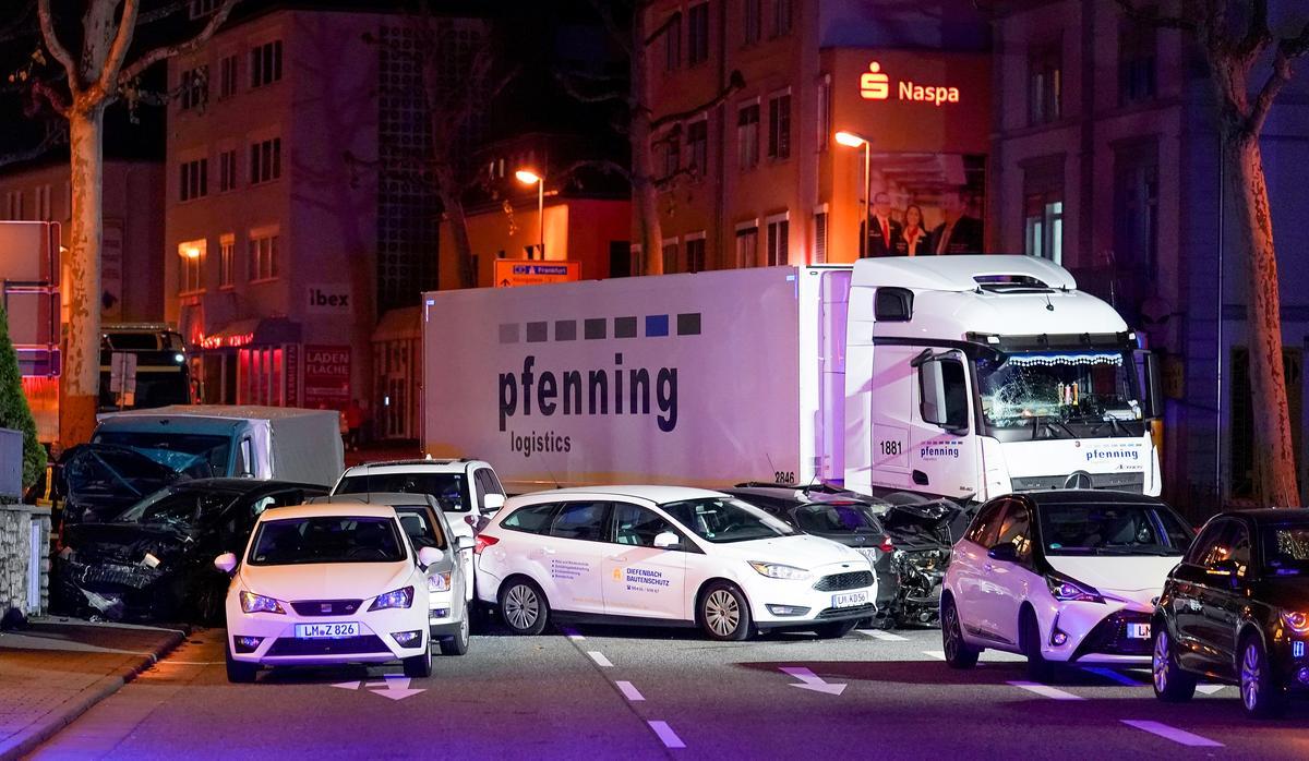 Die Siriese verdagte word in hegtenis geneem nadat die verkeer in die weste van Duitsland gery het