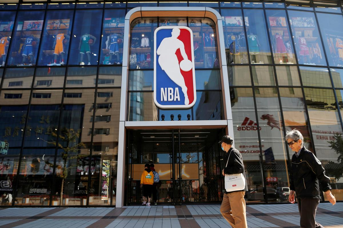China ry dreig met die terugkeer van die boonste liga na Japan