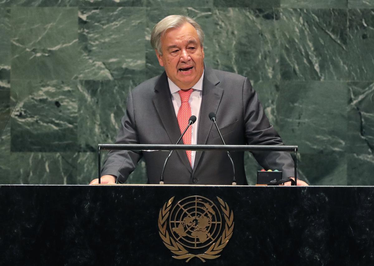 Guterres waarsku dat die VN moontlik nie volgende maand genoeg geld het om personeel te betaal nie
