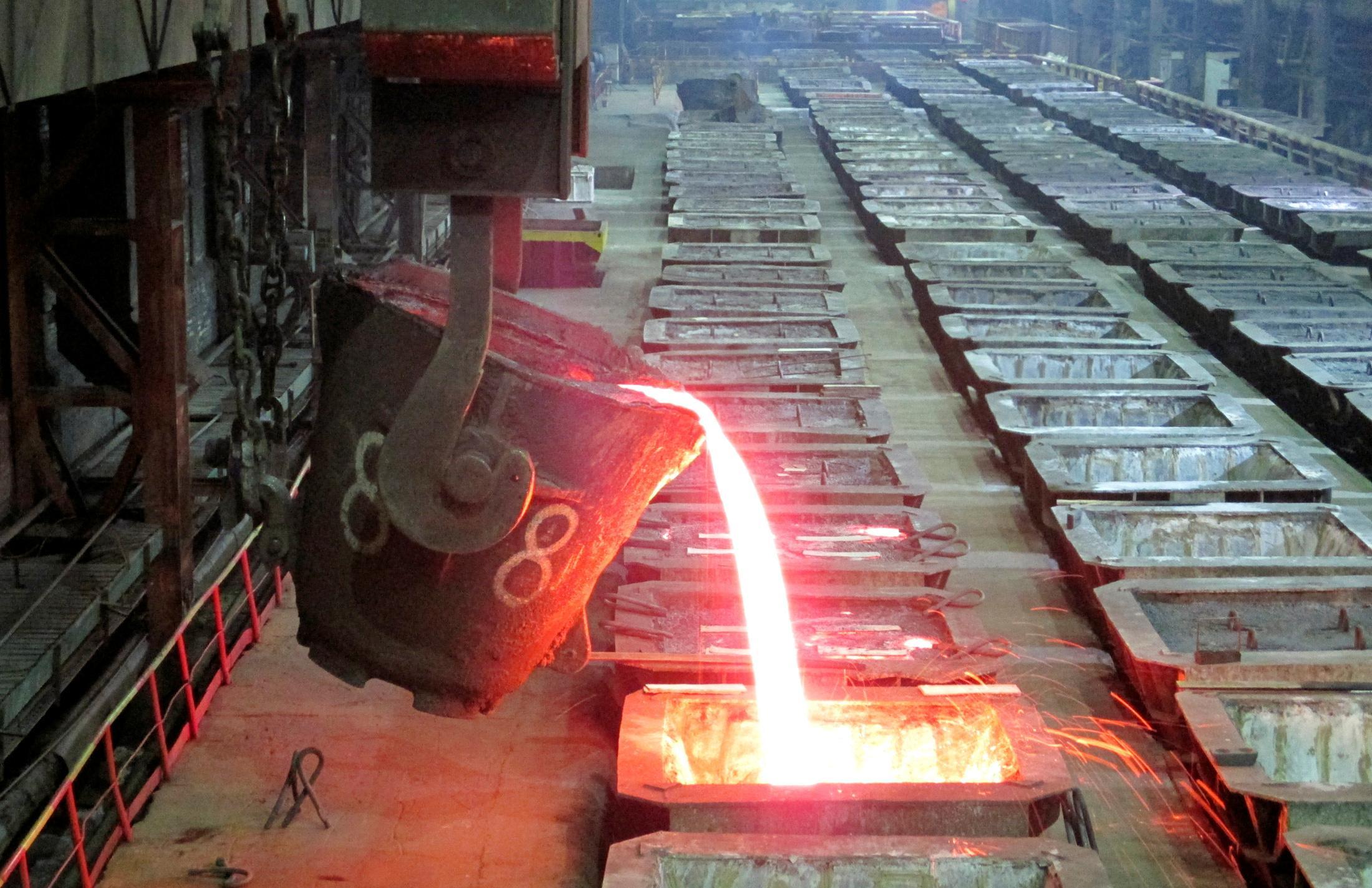 Column: LME stocks grab feeds nickel's raging bull fires