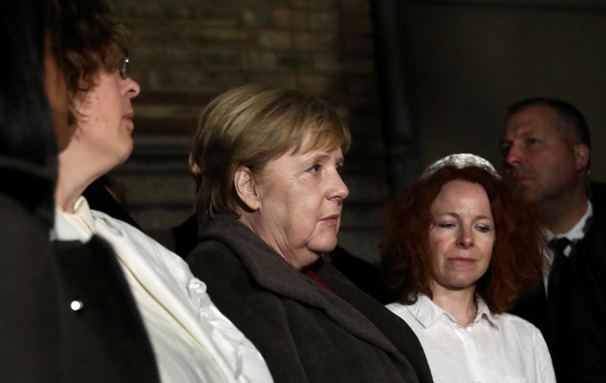 Merkel, after synagogue shooting, says anti-Semitism has no place in Germany