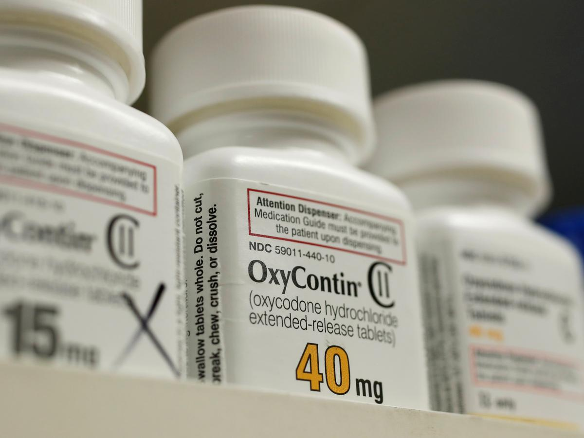 Judge sees benefit in pausing lawsuits against OxyContin maker Purdue