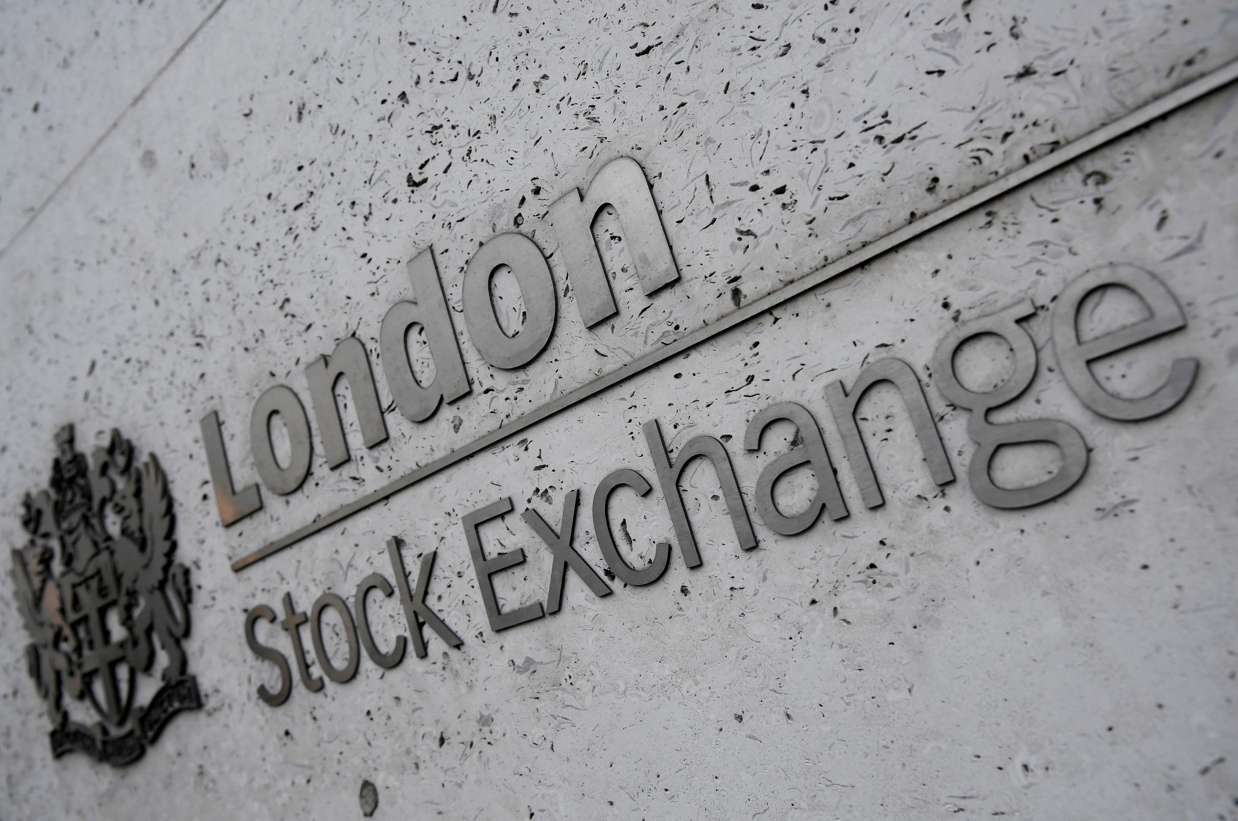 Stocks edge higher on Brexit hopes, trade optimism fades