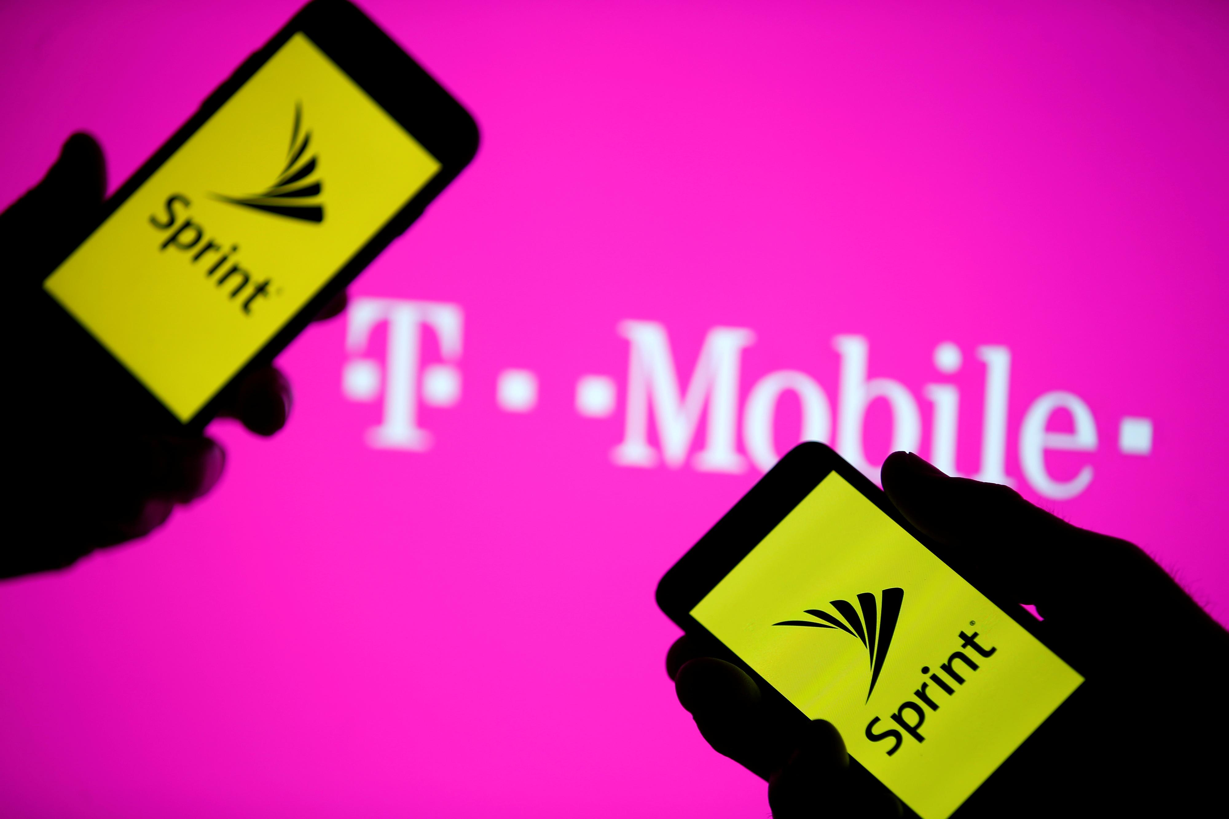 FCC approves merger of T-Mobile, Sprint on vote split on party lines
