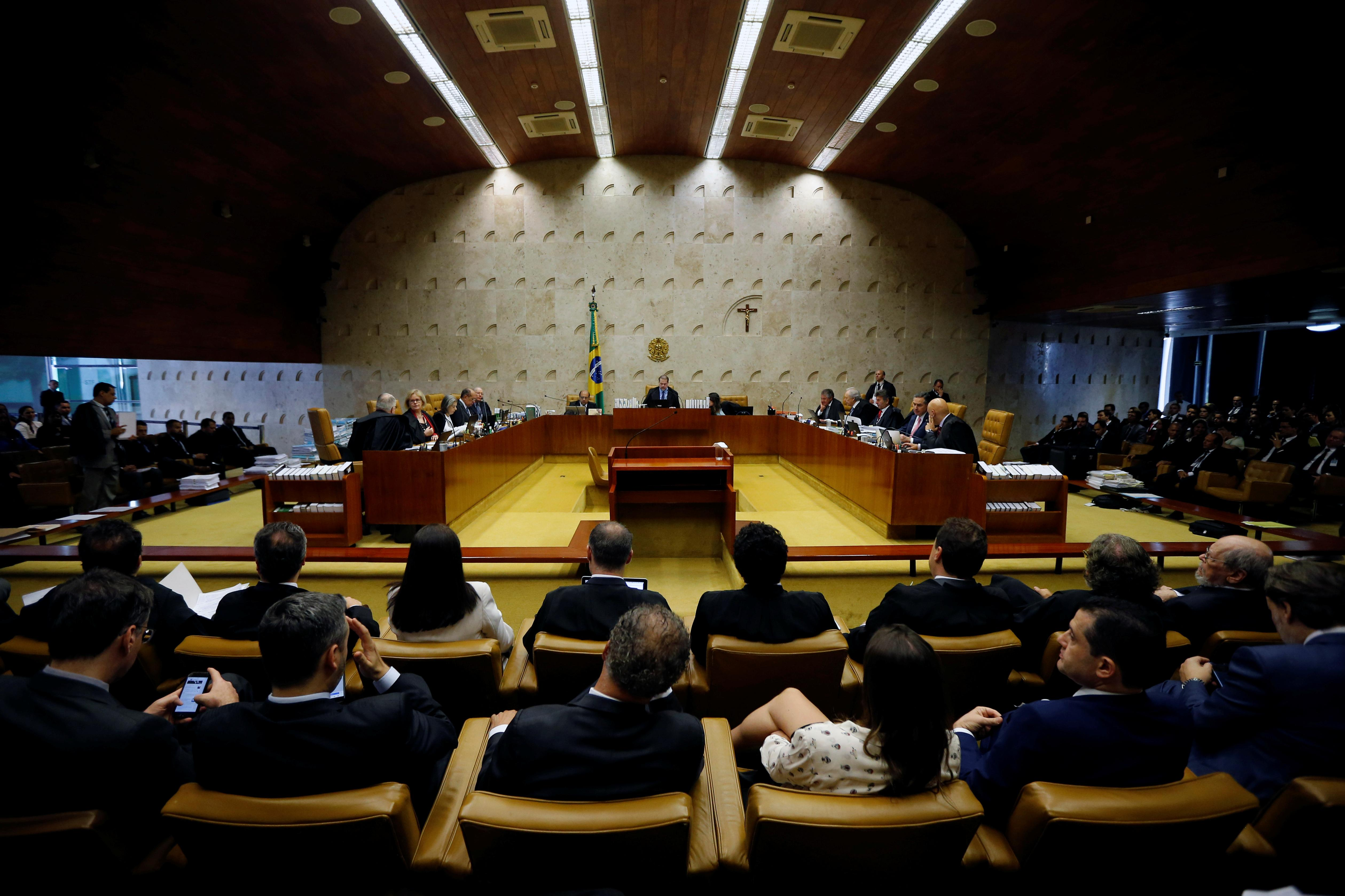 Brazil Supreme Court ruling could free corruption convicts,...