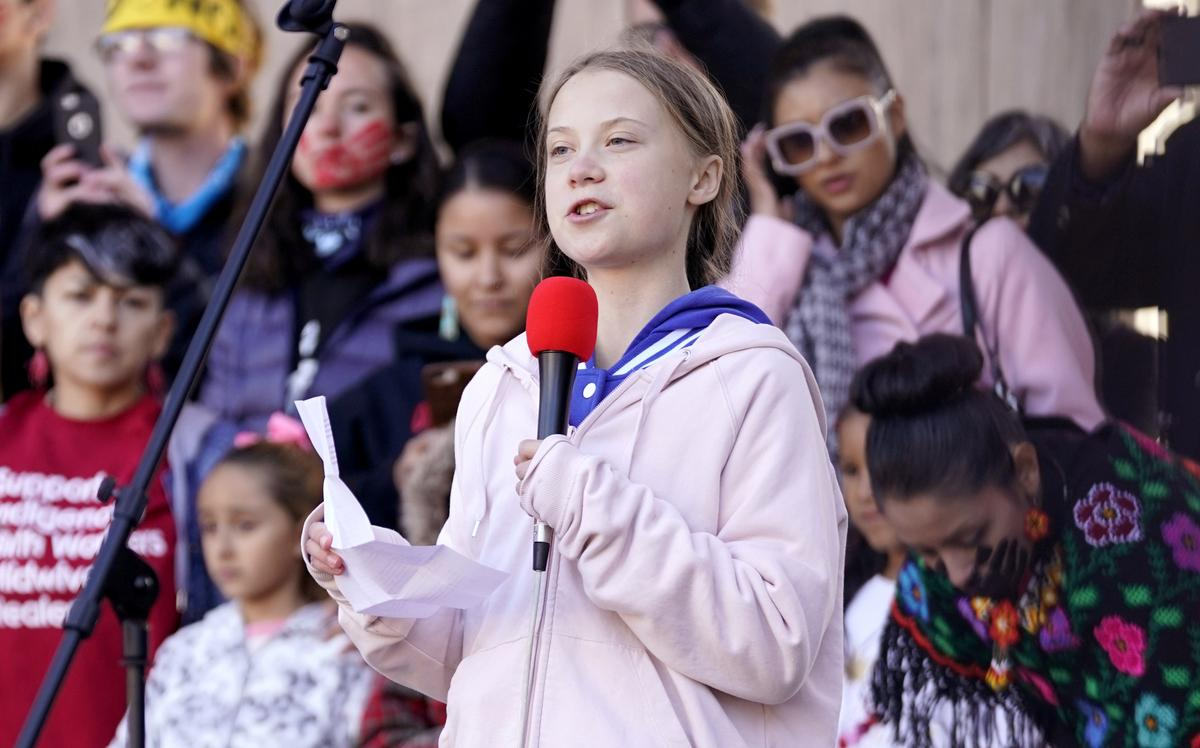 Thunberg faces counter-rally by workers in Canada's oil heartland