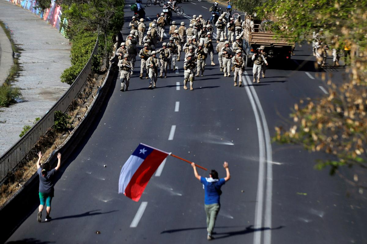 U.N.'s Bachelet calls for probes into Chile protest deaths