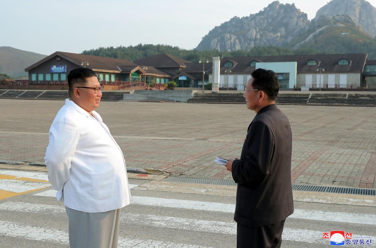 North Korea's Kim vows to clear 'shabby' South Korea relics from Kumgang resort