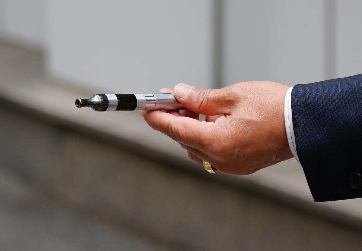 South Korean retailer drops flavored liquid e-cigarettes
