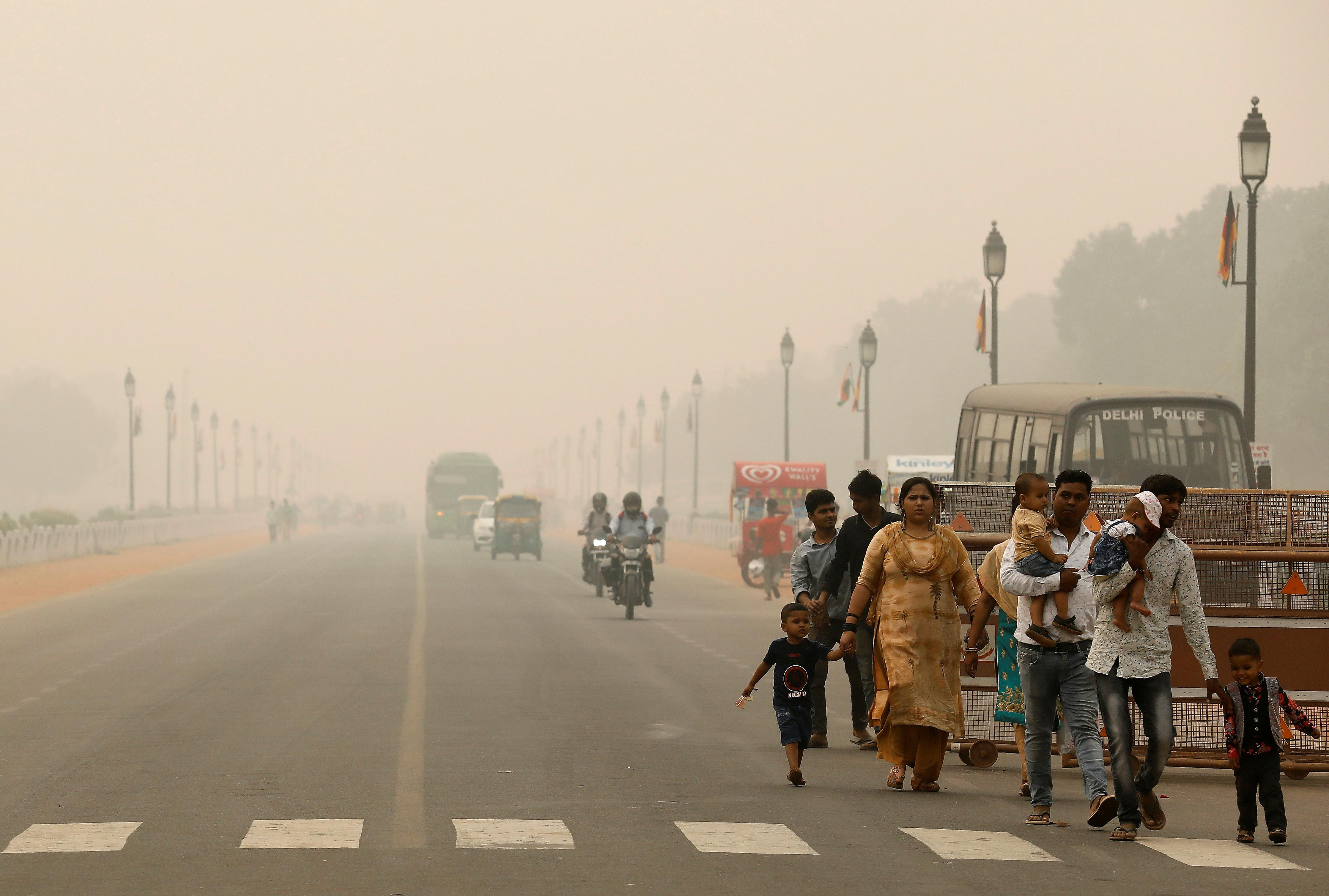 New Delhi declares public emergency as pollution at year's worst ...