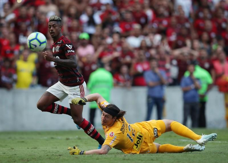 Flamengo win 4-1 and continue march toward Serie A title