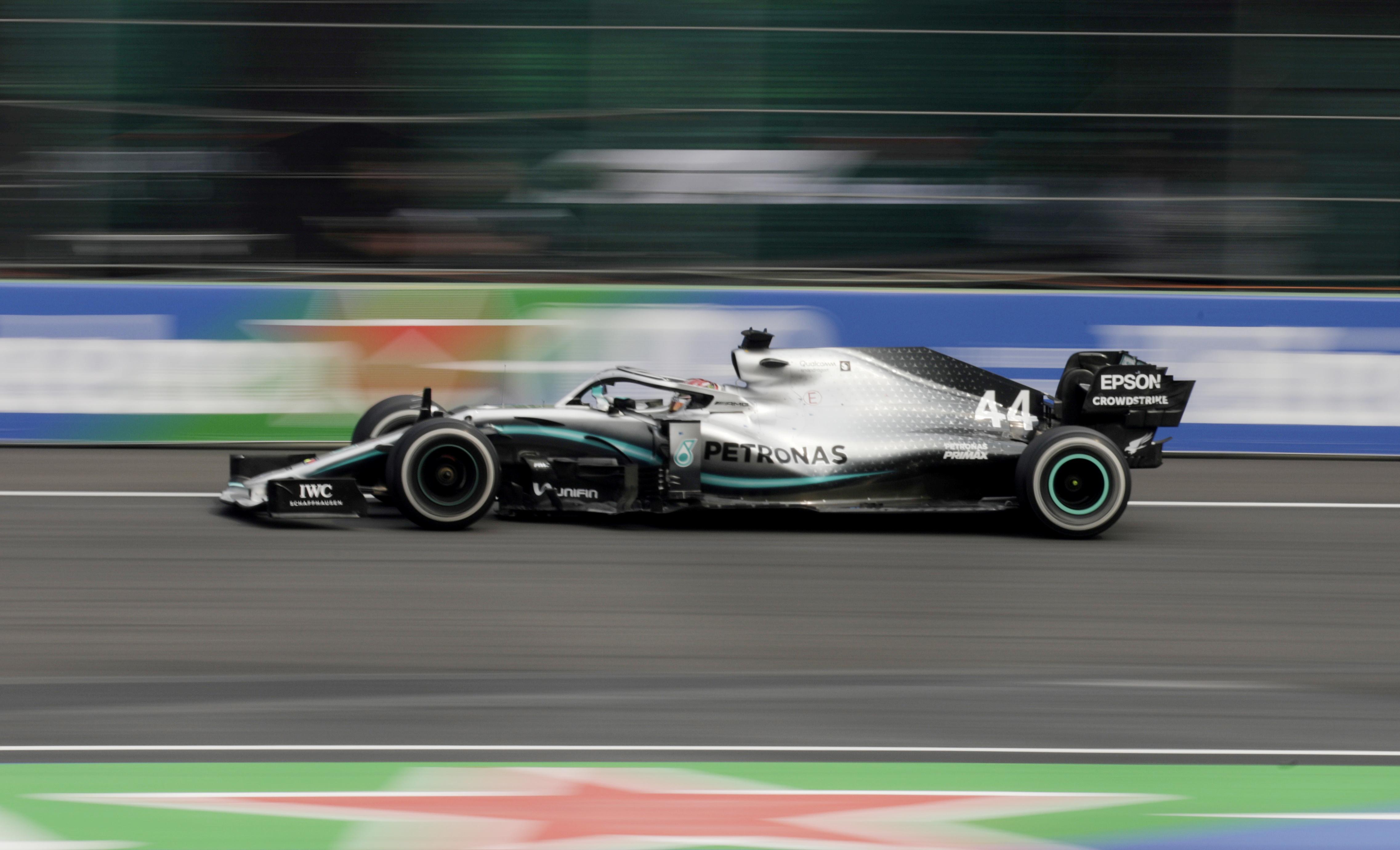 Mercedes explain why Hamilton struggled in U.S. qualifying