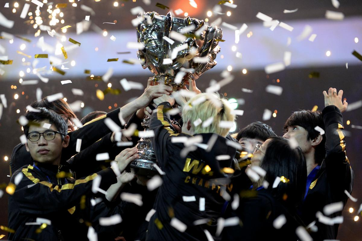 Chinese smash European hopes of 'Legends' video game glory
