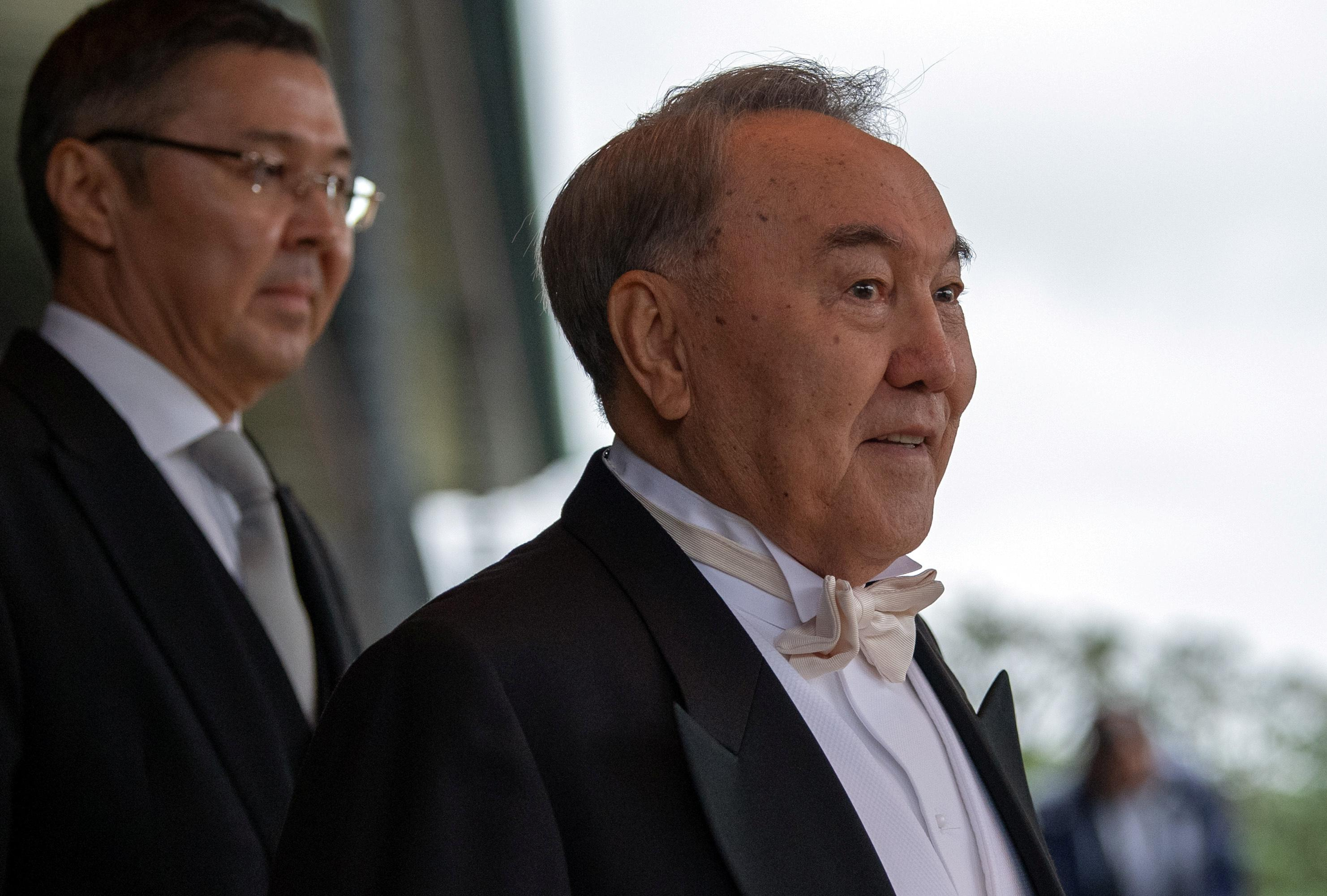 Ex-Kazakhstan leader proposes Russia-Ukraine presidents meet in bid...