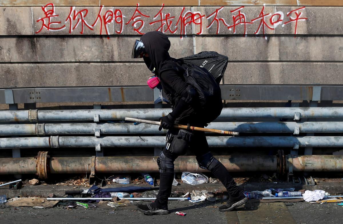 U.S. senators seek quick passage of Hong Kong rights bill
