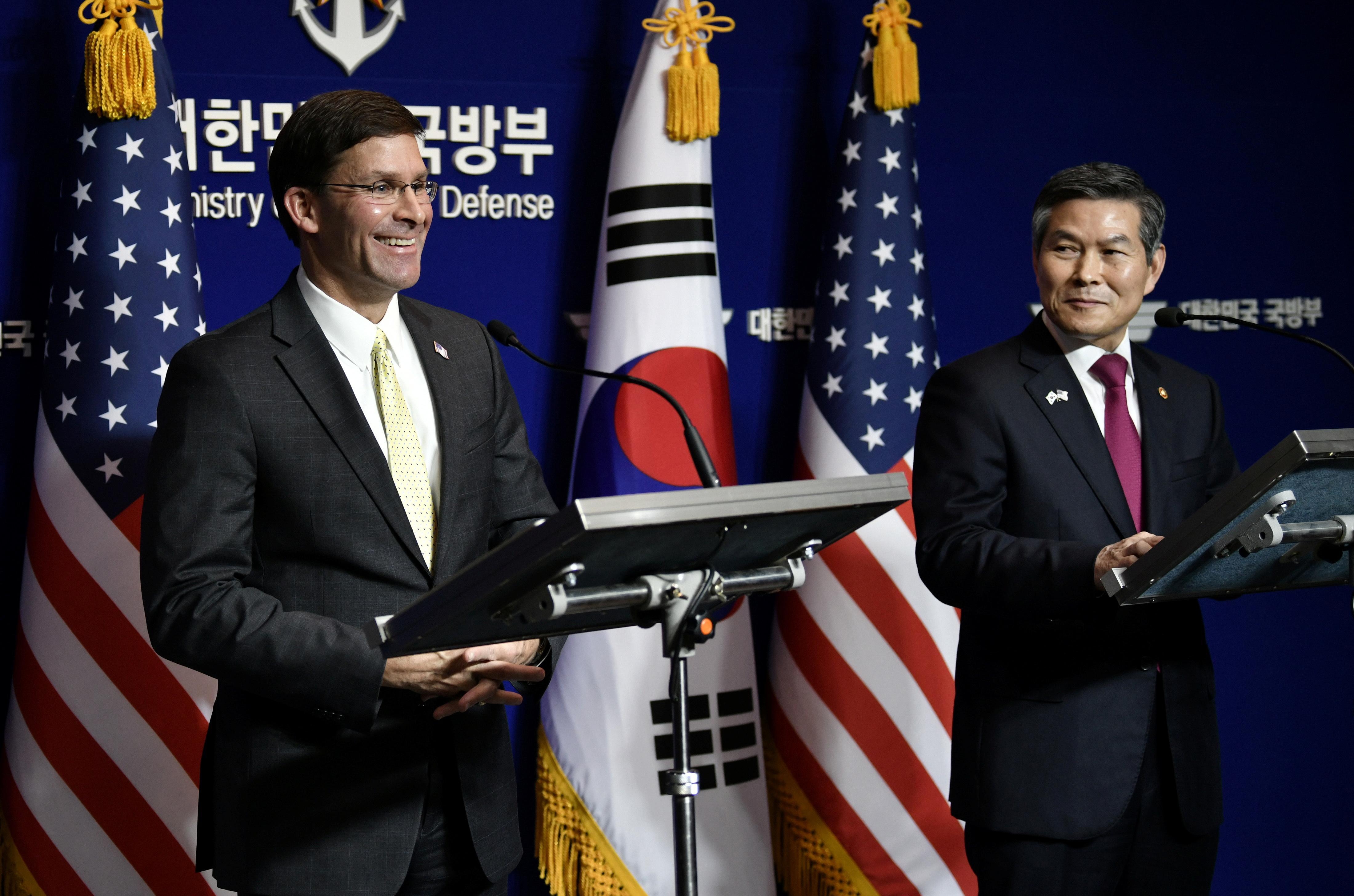 L'Esper du Pentagone affirme qu'il est crucial que la Corée du Sud paye plus pour ses troupes américaines