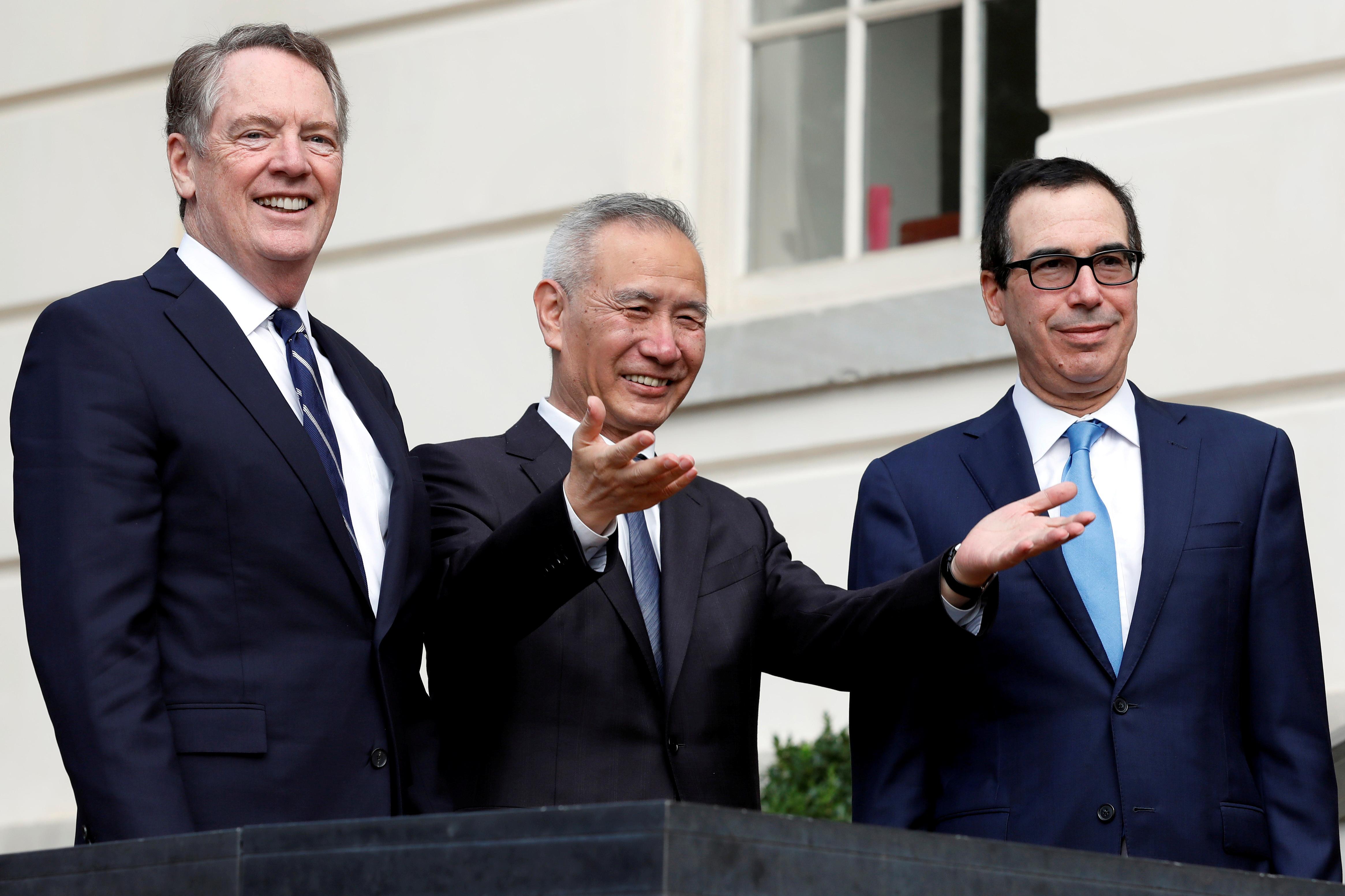 China, U.S. had 'constructive' phone call on trade: Xinhua