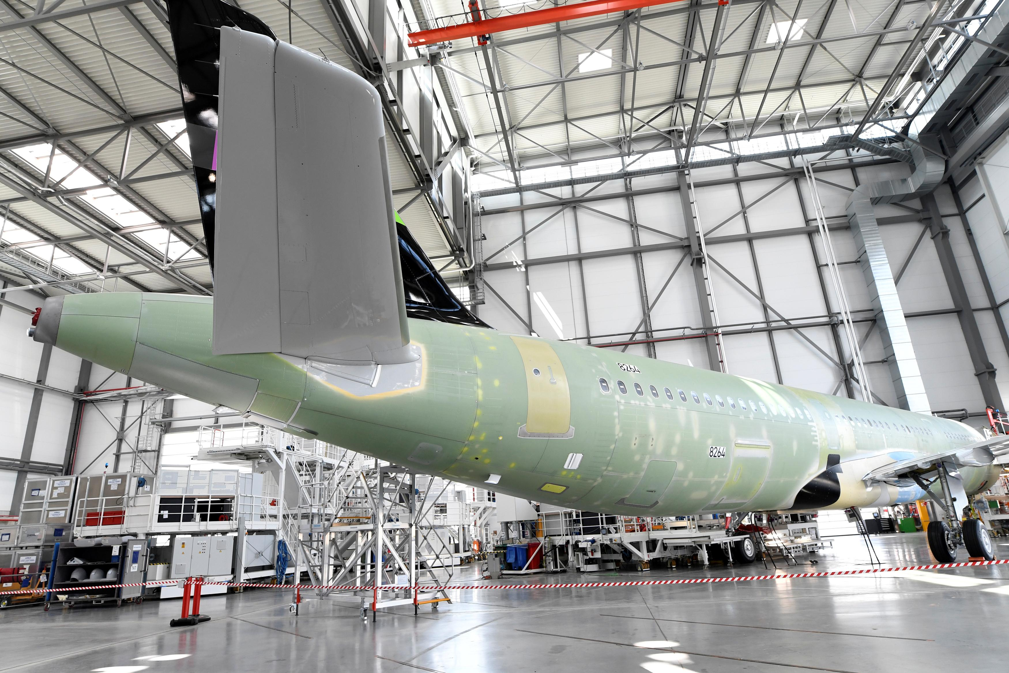 Kuwait's Jazeera unhappy with Airbus delays, no plans for aircraft...