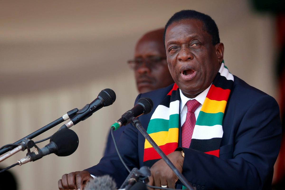 Zimbabwe police use tear gas, batons in opposition crackdown