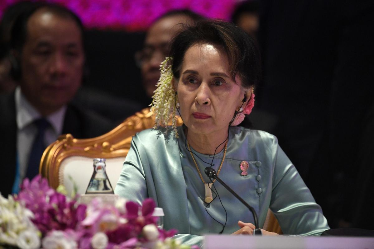 Suu Kyi to contest Rohingya genocide case at world court