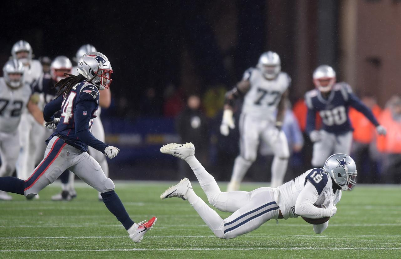 Patriots Overcome Sloppy Weather To Beat Cowboys Reuters