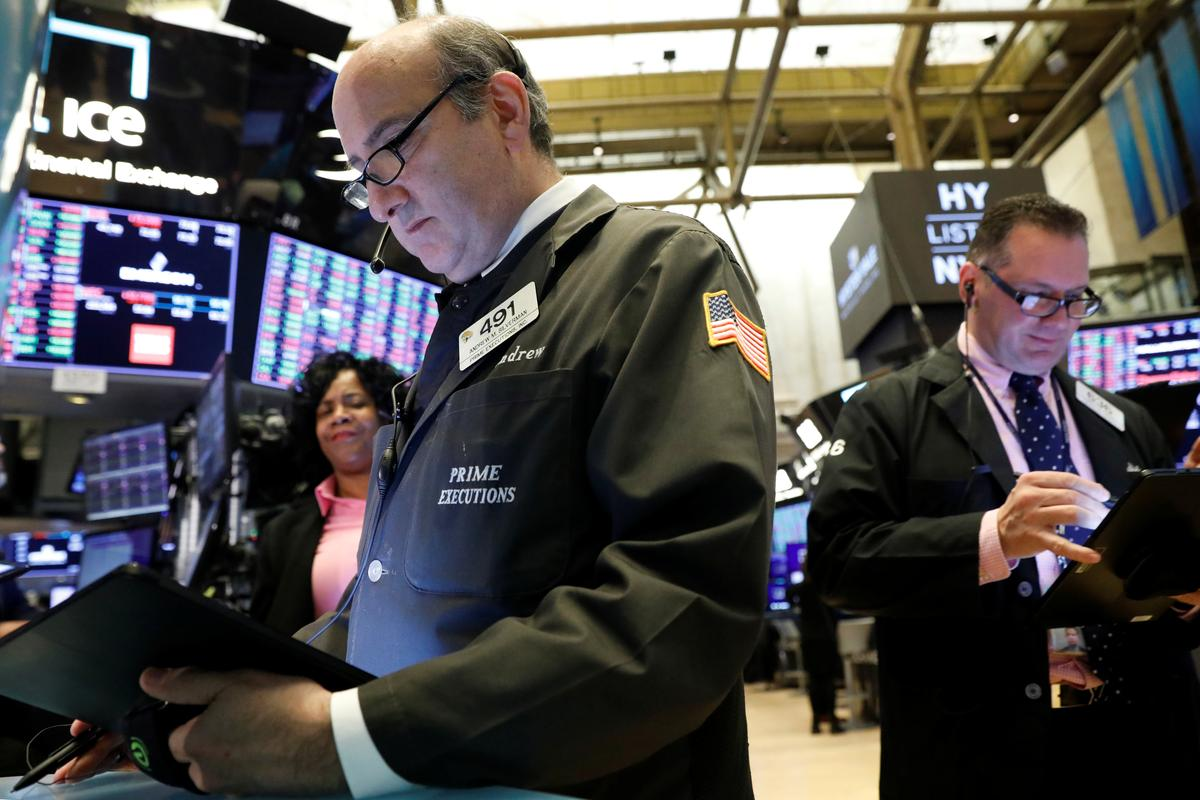 International stocks to outperform U.S. in 2020: investors